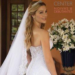 Ofertas de Casamentos e Festas no catálogo Center Noivas (  5 dias mais)