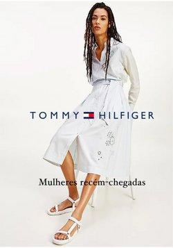 Ofertas de Roupa, Sapatos e Acessórios no catálogo Tommy Hilfiger (  Vence hoje)