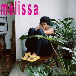 Ofertas de Roupa, Sapatos e Acessórios no catálogo Melissa (  Vence hoje)