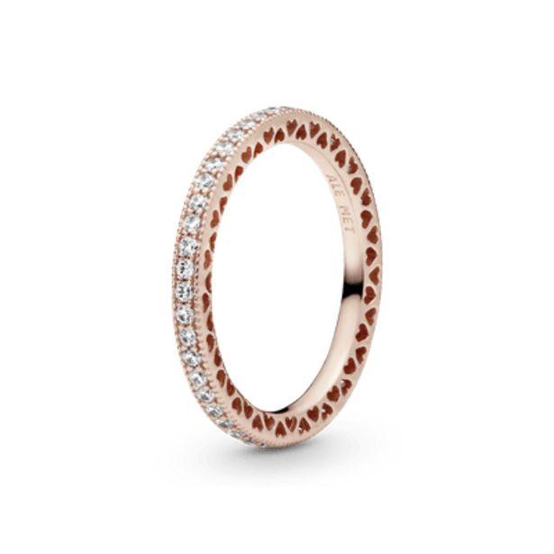 Oferta de Anel Pandora Rose Coração De Pandora por R$484,5