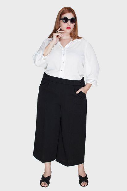 Oferta de Calça Cropped Alfaiataria Plus Size por R$82,2