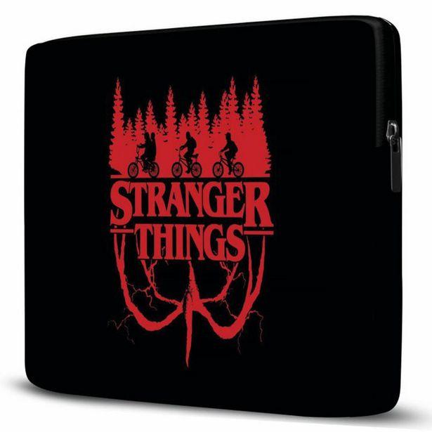 Oferta de Capa Para Notebook Stranger Things 15 Polegadas Com Bolso por R$77,94