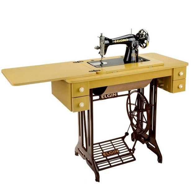 Oferta de Máquina de Costura Elgin B3 17 Pontos - Marfim/Preto por R$1169