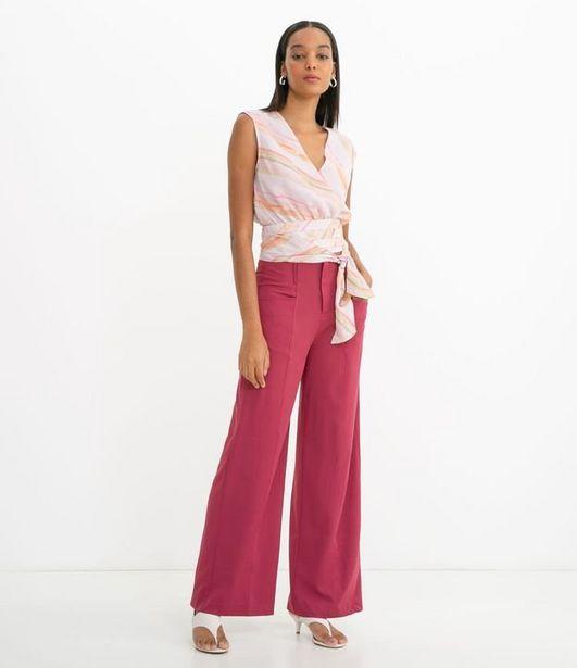 Oferta de Blusa Regata com Camadas e Amarração  por R$19,9