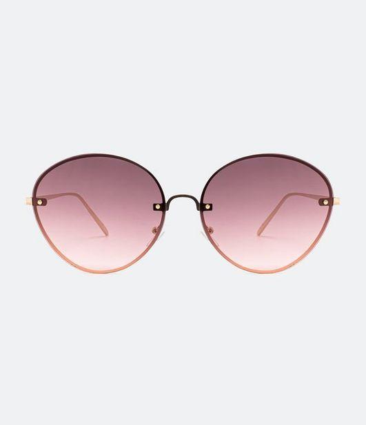 Oferta de Óculos de Sol Feminino Redondo  por R$71,92