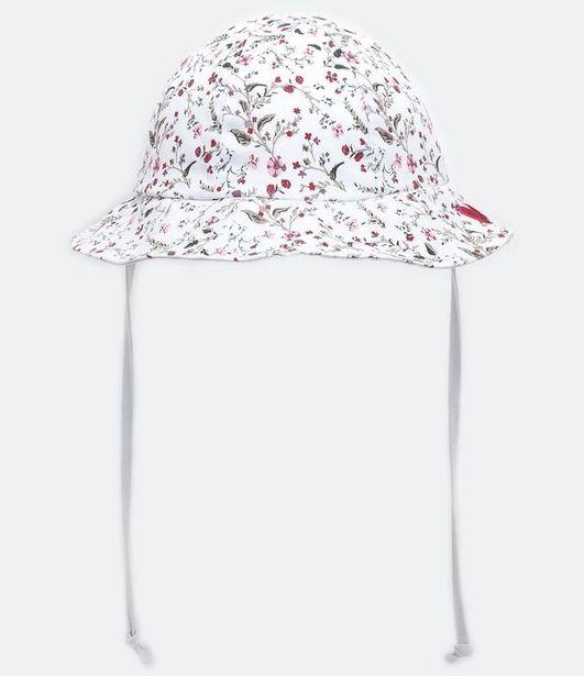 Oferta de Chapéu Infantil Estampa Floral - Tam 0 a 12 meses  por R$31,92