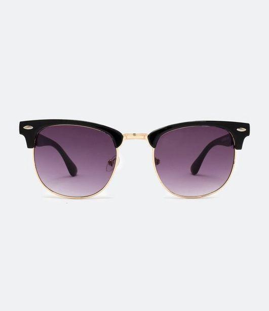 Oferta de Óculos de Sol Feminino Quadrado  por R$69,9