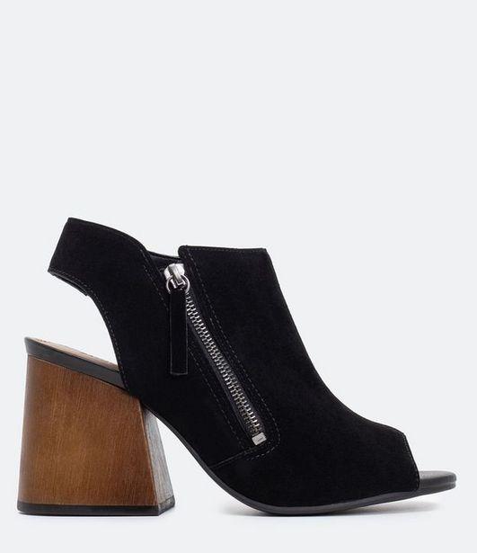 Oferta de Sapato Feminino Gáspea Satinato  por R$29,9