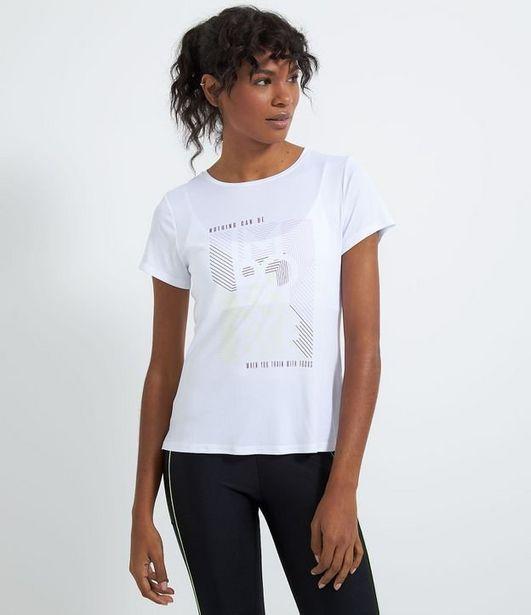 Oferta de Camiseta esportiva estampa localizada  por R$29,9