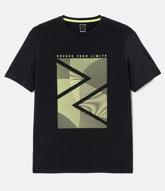 Oferta de Camiseta Esportiva com Estampa  por R$39,9