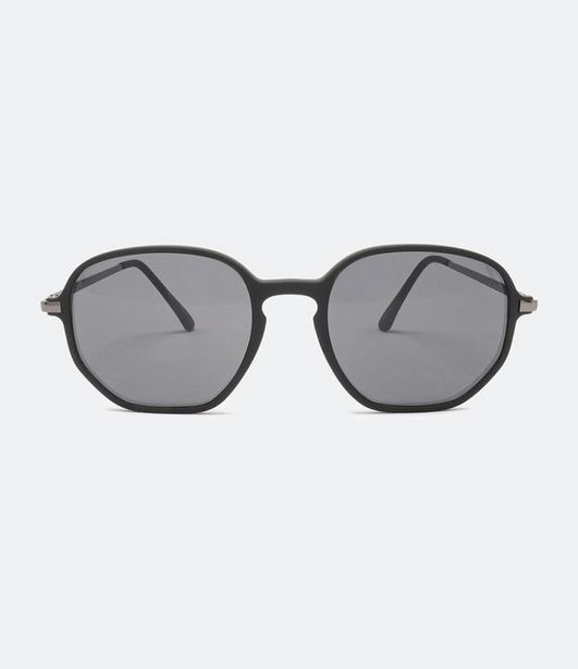 Oferta de Óculos de Sol Masculino Quadrado  por R$59,9