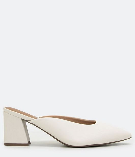 Oferta de Sapato Mule Salto Médio com Bico Fino  por R$99,9