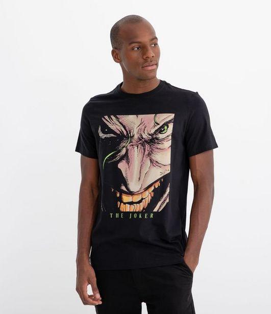 Oferta de Camiseta Manga Curta com Estampa Coringa  por R$19,9