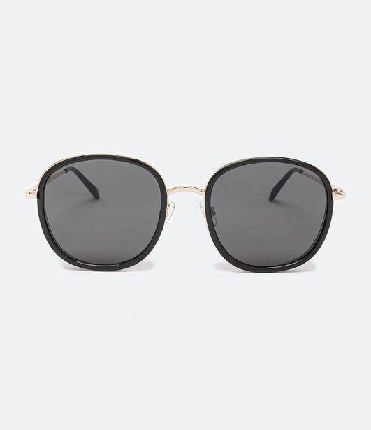 Oferta de Óculos de Sol Feminino Modelo Redondo  por R$71,92