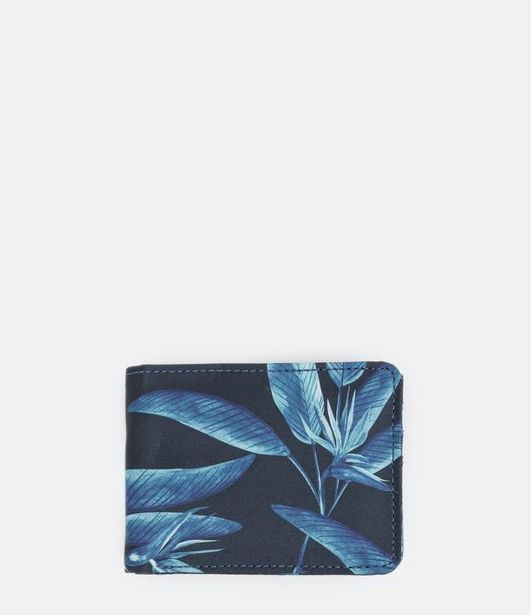 Oferta de Carteira Masculina Estampa de Folhas  por R$39,9