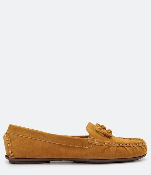 Oferta de Sapato Mocassim com Laço Satinato  por R$99,9