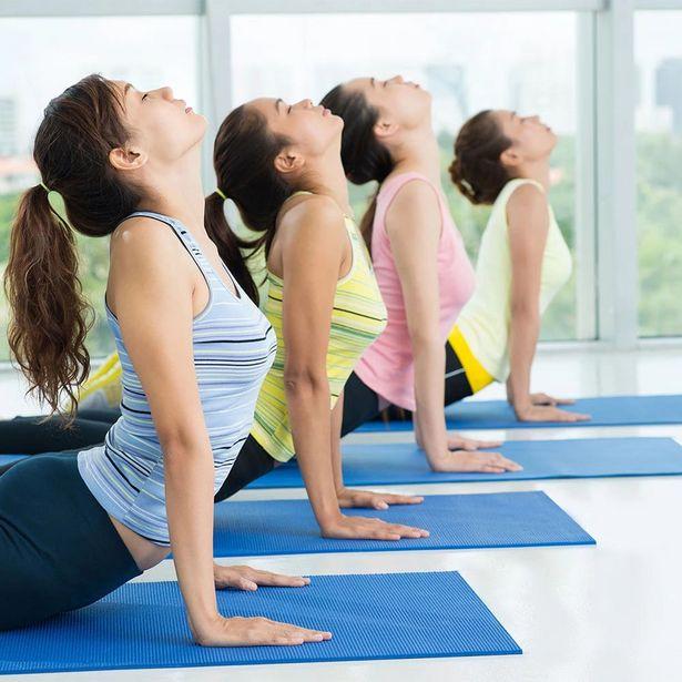Oferta de Tapete Para Yoga Kapazi Yogakap 0,5mmx0,60x1,66m Azul por R$69,99