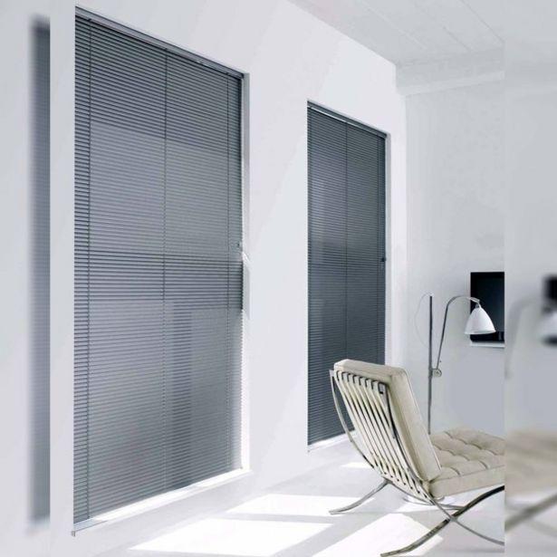 Oferta de Persiana Horizontal PVC Block Cinza 1,60x1,60m por R$251,63