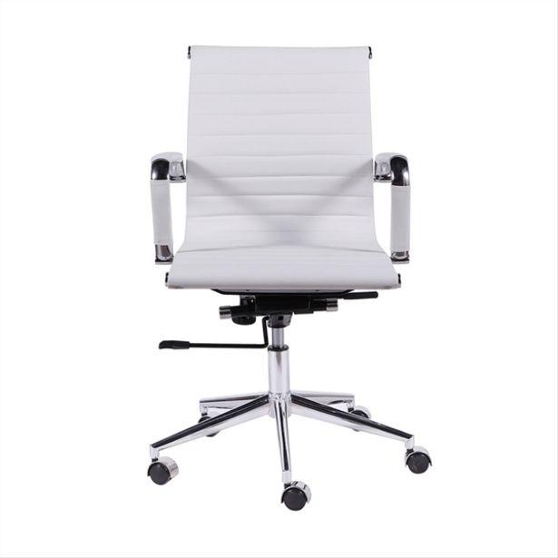 Oferta de Cadeira Esteirinha Baixa Cromada Branca Base De Rodízio - Or Design por R$671,42