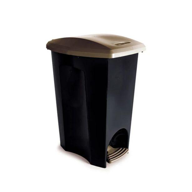 Oferta de Lixeira Externa com Pedal Plástico Preto 50L Plasútil por R$121,41