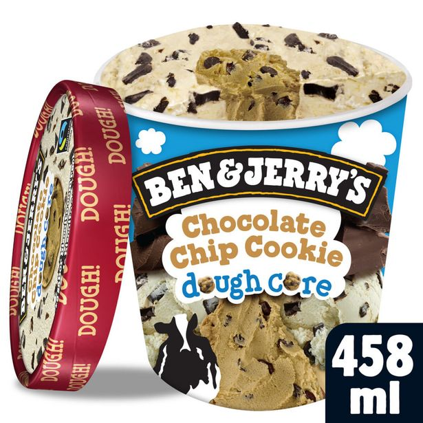 Oferta de Sorvete Ben & Jerrys Chocolate Chip Cookie Dough Core 458ml por R$37