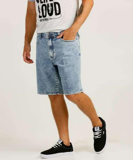 Oferta de Bermuda Masculina Jeans Bolsos por R$55,99