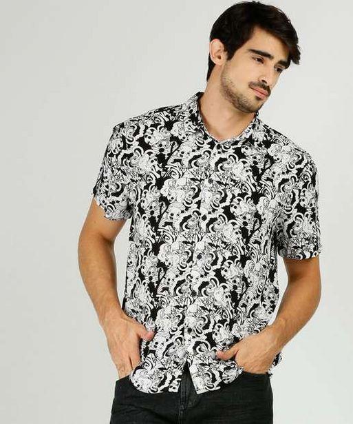 Oferta de Camisa Masculina Estampa Caveira Manga Curta MR por R$37,99