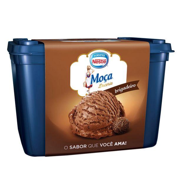 Oferta de Sorvete de Brigadeiro Moça Nestlé 1,5 Litros por R$20,89