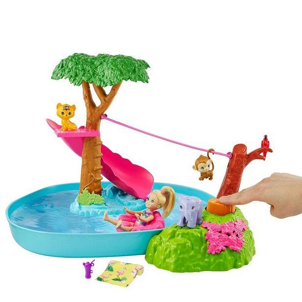 Oferta de Boneca Barbie - Dreamhouse Adventures - Chelsea - Piscina De Surpresas Escondidas - Mattel por R$207,99