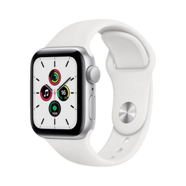 Oferta de Apple Watch SE GPS, 44MM, Caixa Prateada de Aluminio, Pulseira Esportiva Branca por R$2399