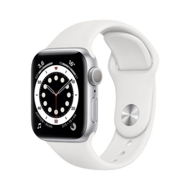 Oferta de Apple Watch Series 6 GPS, 40MM, Caixa Prateada de Aluminio, Pulseira Esportiva Branca por R$3499