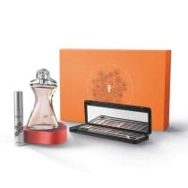 Oferta de Kit Presente e Glamour: Palette de Maquiagem 8g + Máscara Cílios Postiços 12g + Glamour Desodorante Colônia 75ml por R$259,9