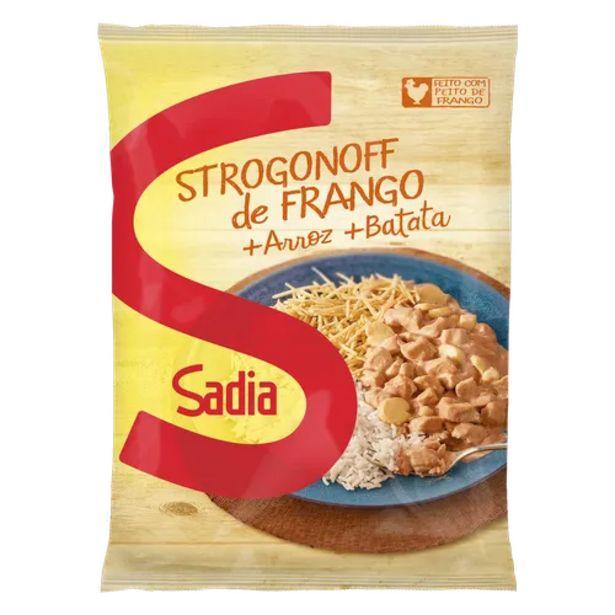Oferta de Strogonoff de frango Sadia com arroz e batata palha 350g por R$15,9