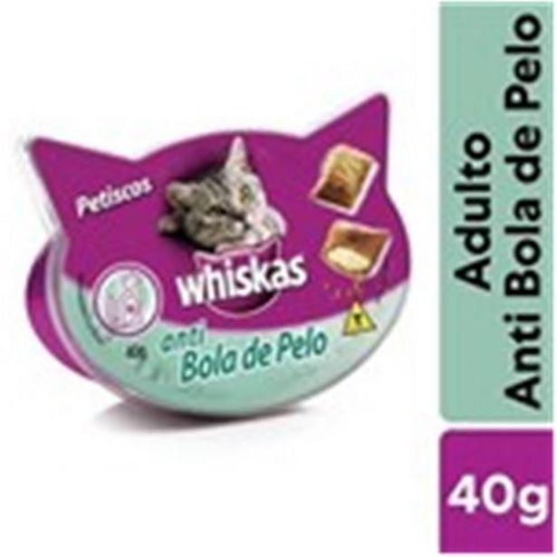 Oferta de Petisco Whiskas Temptations Anti Bola de Pelo para Gatos Adultos 40G por R$9,99