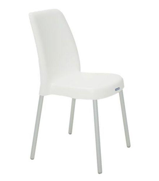 Oferta de Cadeira Vanda com Pernas Anonizadas Branca Tramontina 92053910 por R$99,99