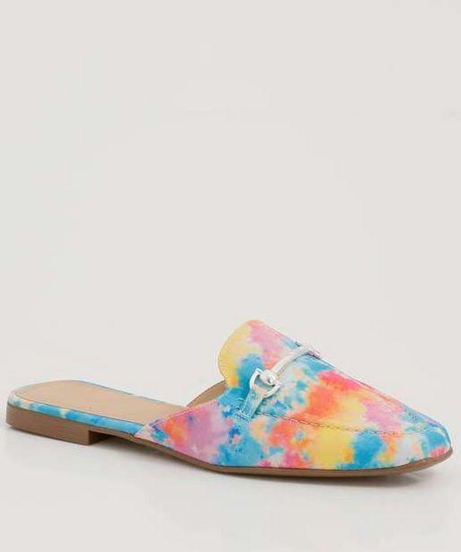 Oferta de Mule Feminino Tie Dye Bico Fino Zatz  por R$49,99