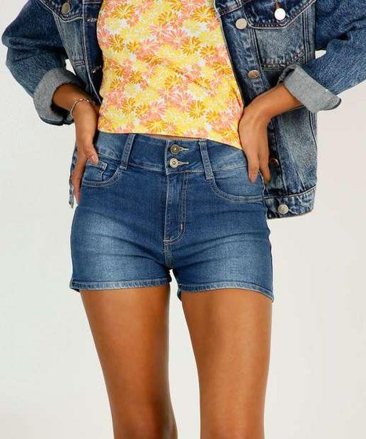 Oferta de Short Jeans Feminino Bolsos por R$23,99