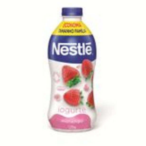 Oferta de Iogurte Morango Nestlé Garrafa 1,25kg por R$9,89