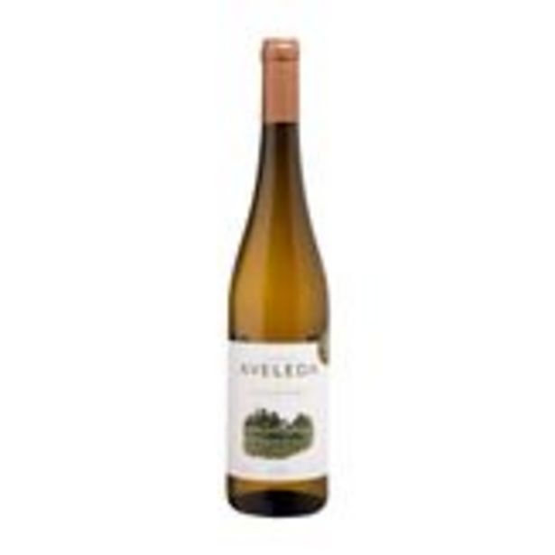 Oferta de Vinho Branco Português Quinta Aveleda Alvarinho 750ml por R$84,5