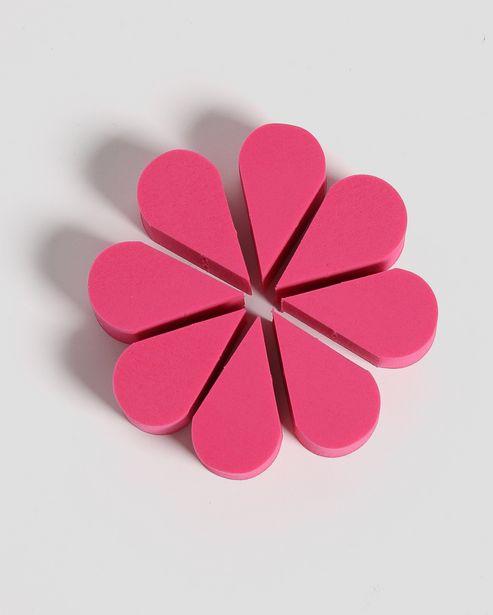 Oferta de Kit 8 Esponjas para Maquiagem Flor Pink Accessori por R$9,9