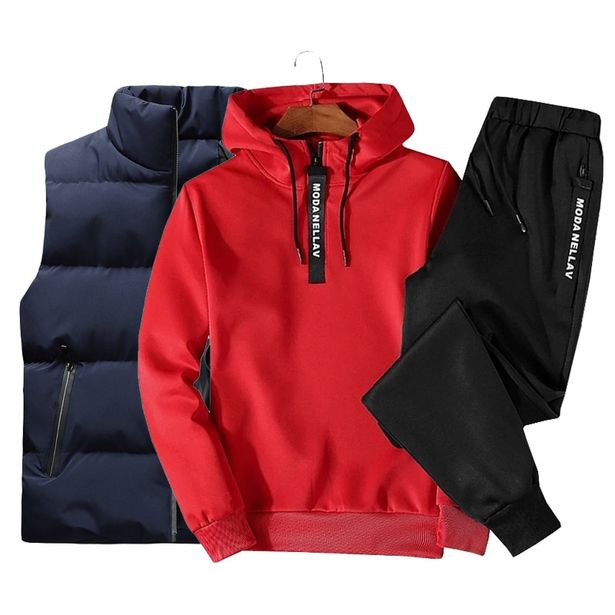 Oferta de Conjunto de roupa esportiva masculina por R$208,65