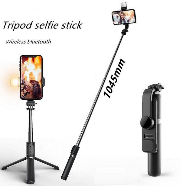 Oferta de Bastão de selfie dobrável com controle remoto por R$77,4