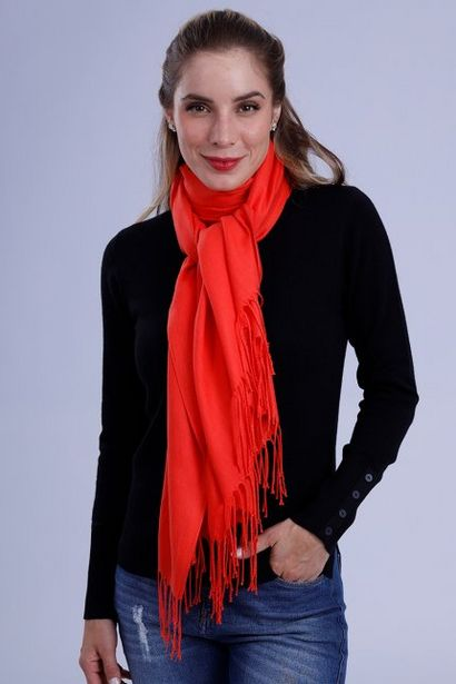 Oferta de Cachecol Feminino Coral por R$54,99