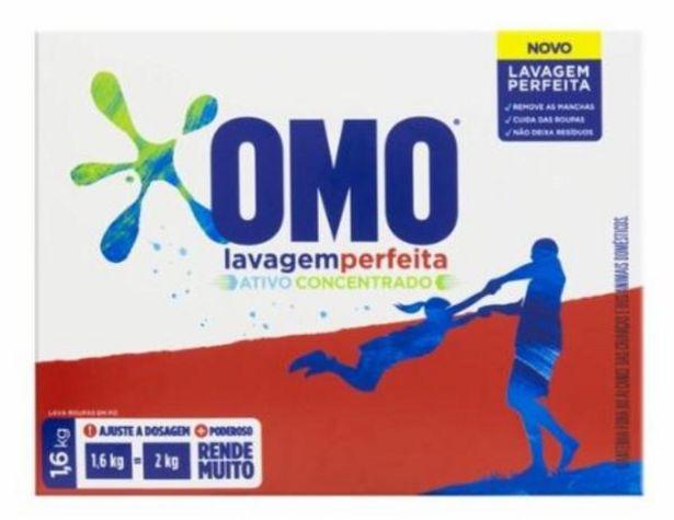 Oferta de Lava roupa pó Omo lavagem perfeita 1,6Kg por R$19,99