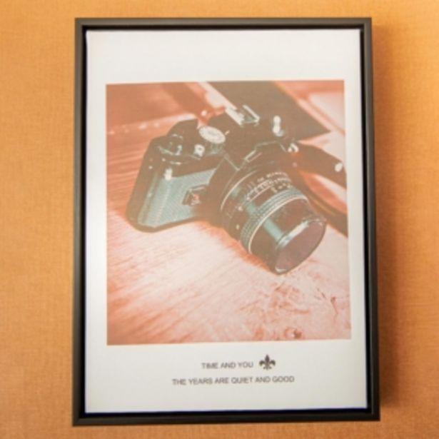 Oferta de Quadro Decorativo 40x30cm Câmera Fotográfica Vintage Vest... por R$79,16